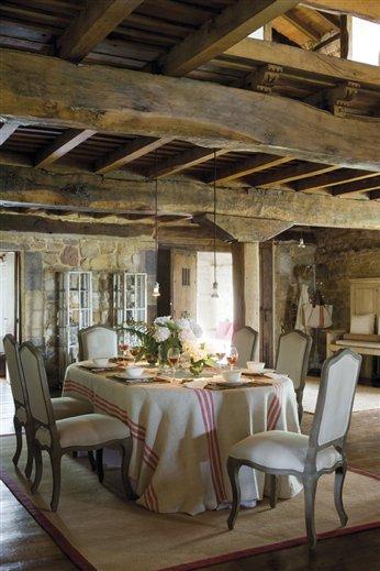 Una casa m s que r stica en cantabria for El mueble casas rusticas
