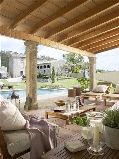Porches en l y con piscina - Fotos de porches rusticos ...