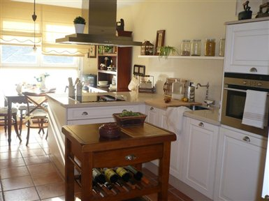 Comprar ofertas platos de ducha muebles sofas spain - Paredes de cocina sin azulejos ...