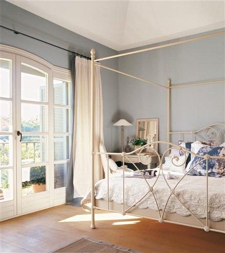 Una casa de colores para so ar for Dormitorio invitados