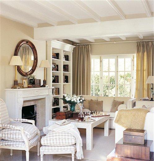 Una casa valenciana con aire de la campi a francesa - Salon con chimenea ...