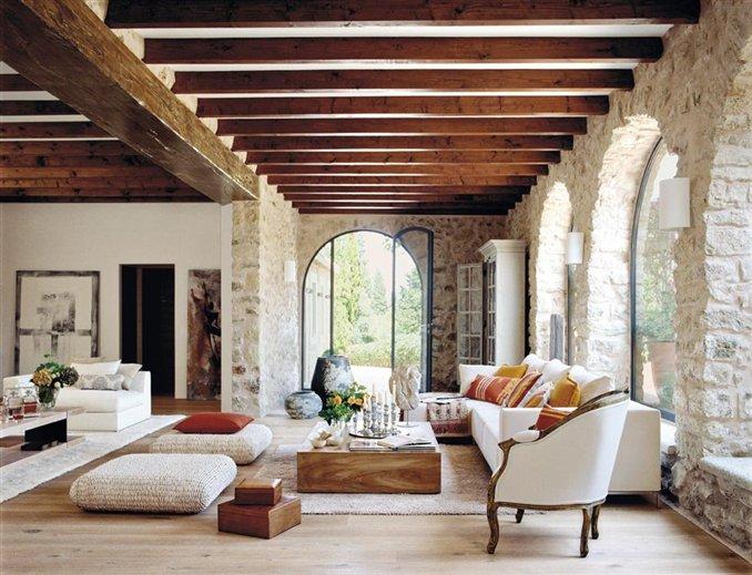 Una reforma magistral con interiores de ensue o for Tejados interiores de madera