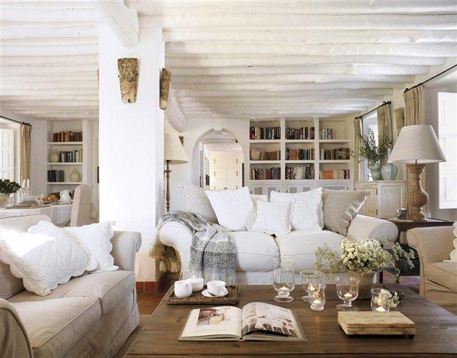 Salón en blanco y marrón