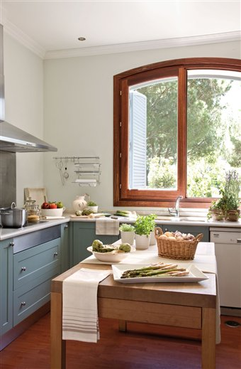 Happy mother 39 s day inspiring interiors - Mesas de trabajo cocina ...