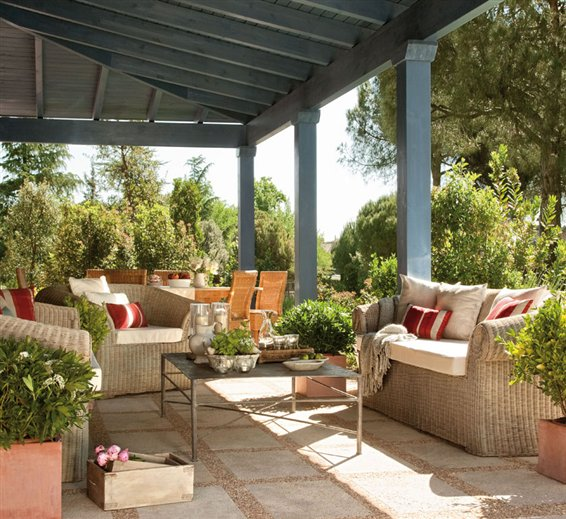 Happy mother 39 s day inspiring interiors - Decoracion de porches ...