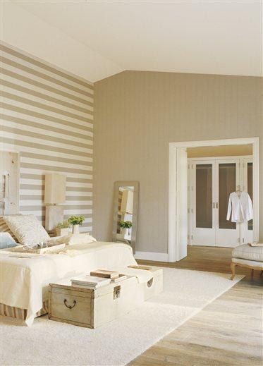 Serena y volcada al jard n for Papel pintado para dormitorio matrimonio