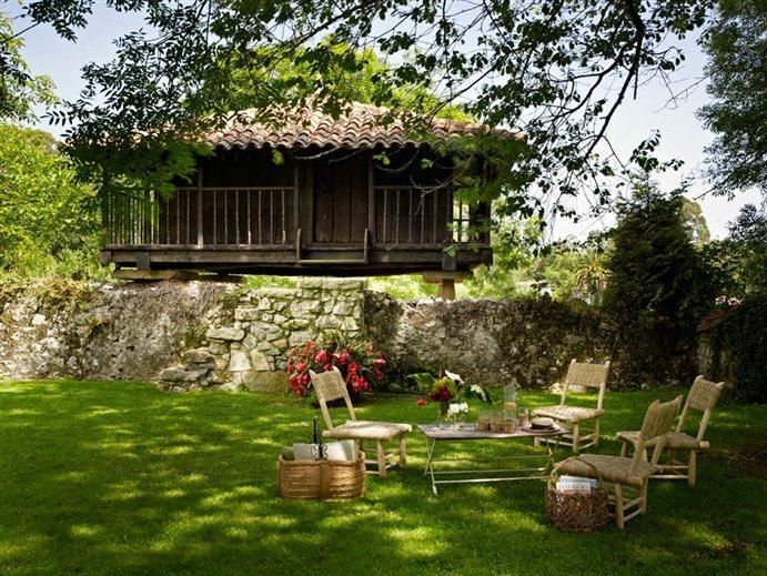 Rincones llenos de encanto for Arboles sombra jardin