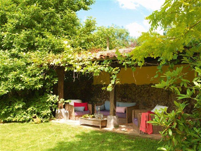 Rincones llenos de encanto - Pequenos jardines con encanto ...
