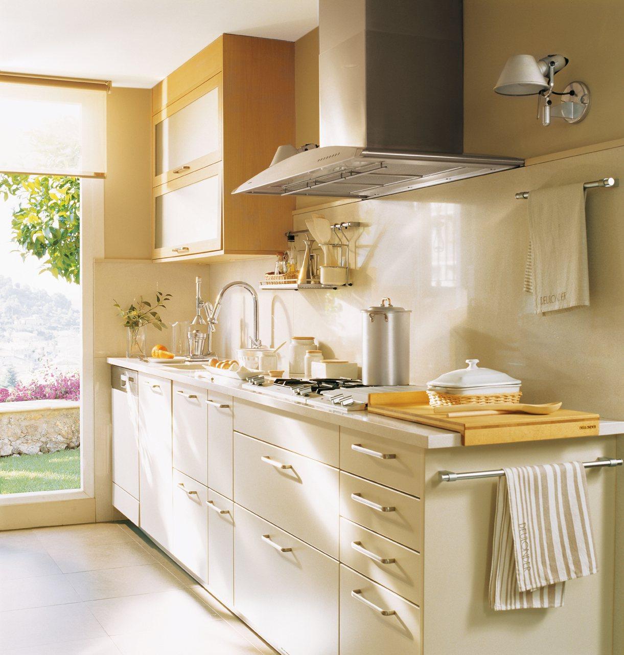 20 fotos de cocinas pequeñas bien aprovechadas 5a08fbe88bed