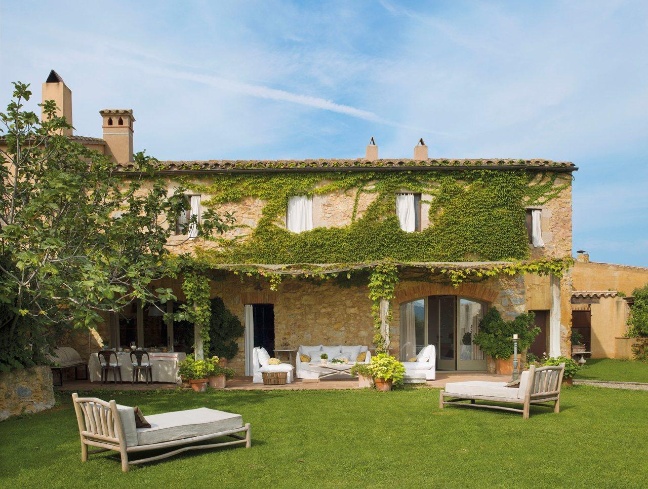 10 porches maravillosos con encanto for Casa campo y jardin