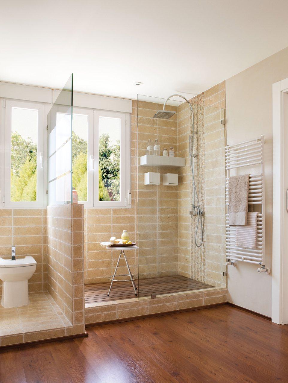 Ba os con ducha grande for Aseos pequenos con ducha