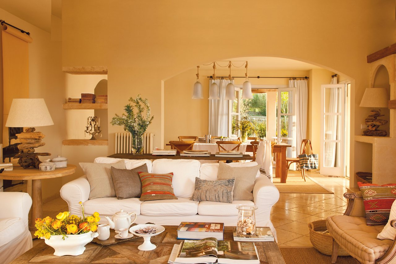 Una bonita y espectacular casa en mallorca for Decoracion para el salon de casa
