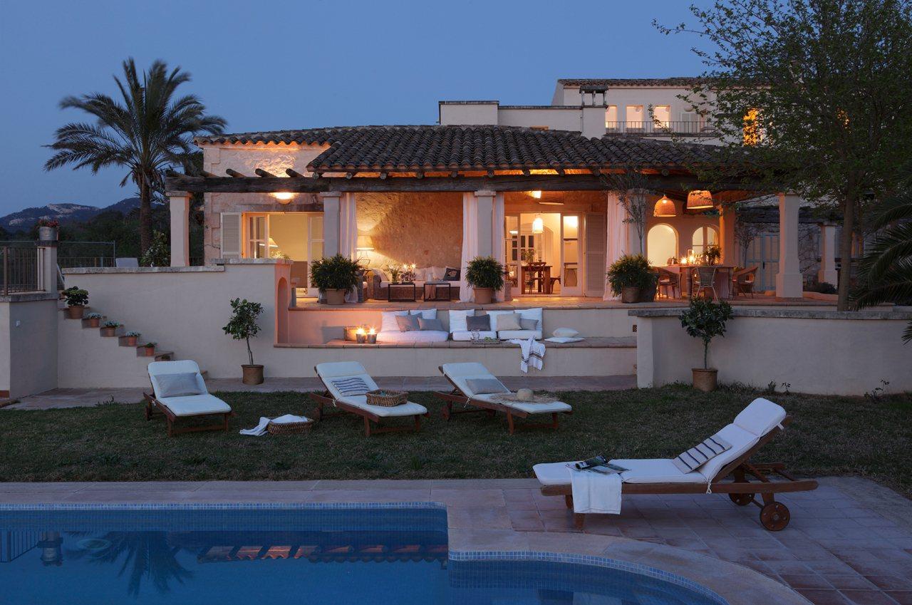 Una bonita y espectacular casa en mallorca for Casas pequenas con piscina y jardin