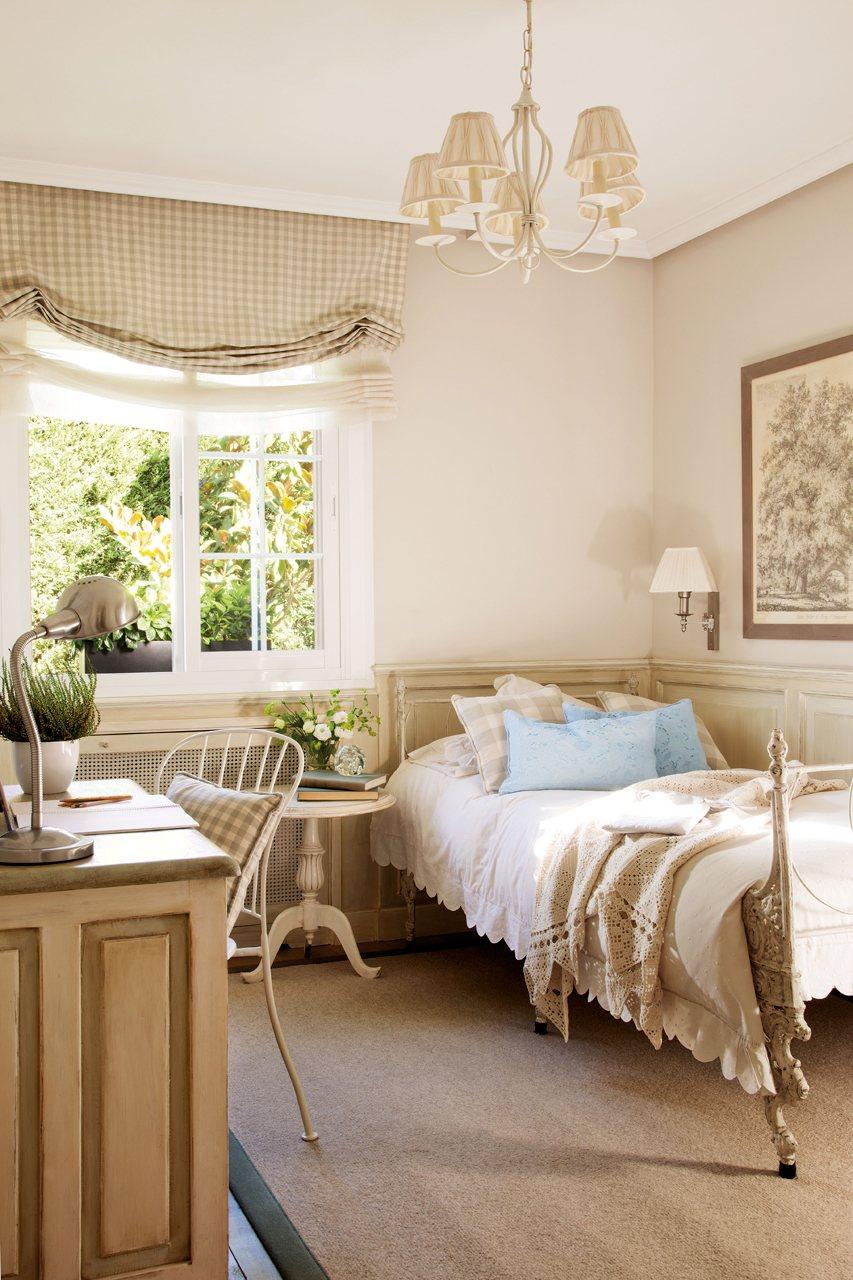 Una casa de madrid con piscina - Dormitorio beige ...