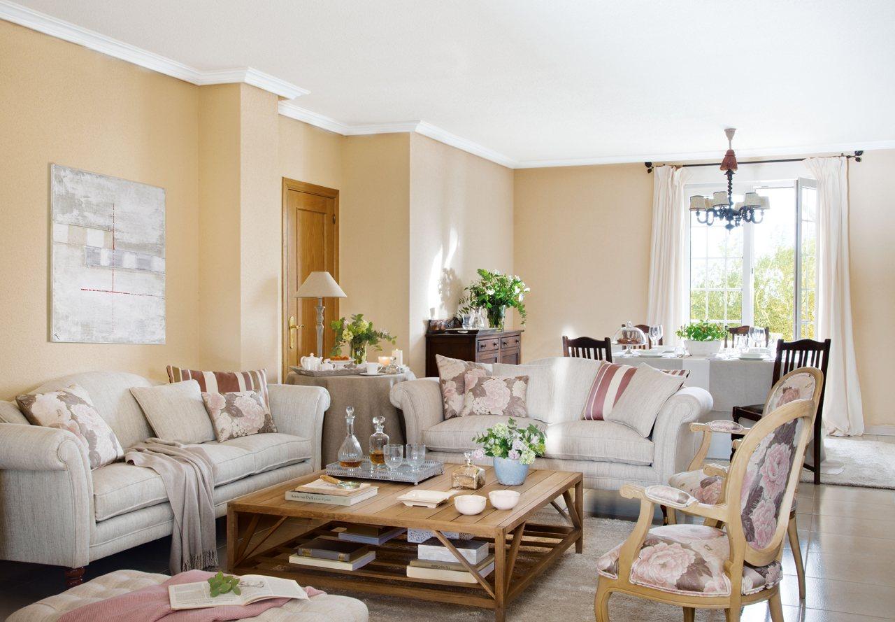 Salones con comedor renovados por el mueble for Renovar salon clasico