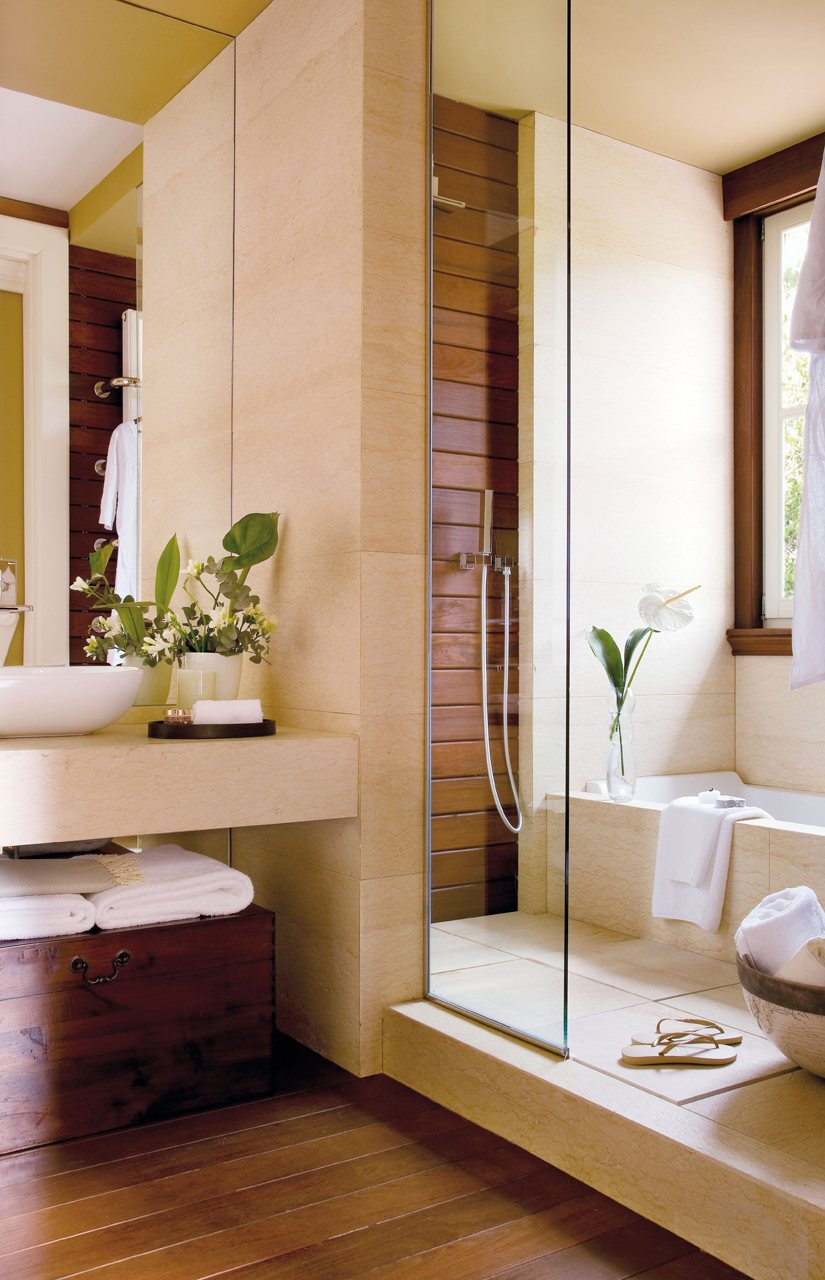Baño De Lujo Pequeno:Baño con dos zonas diferenciadas