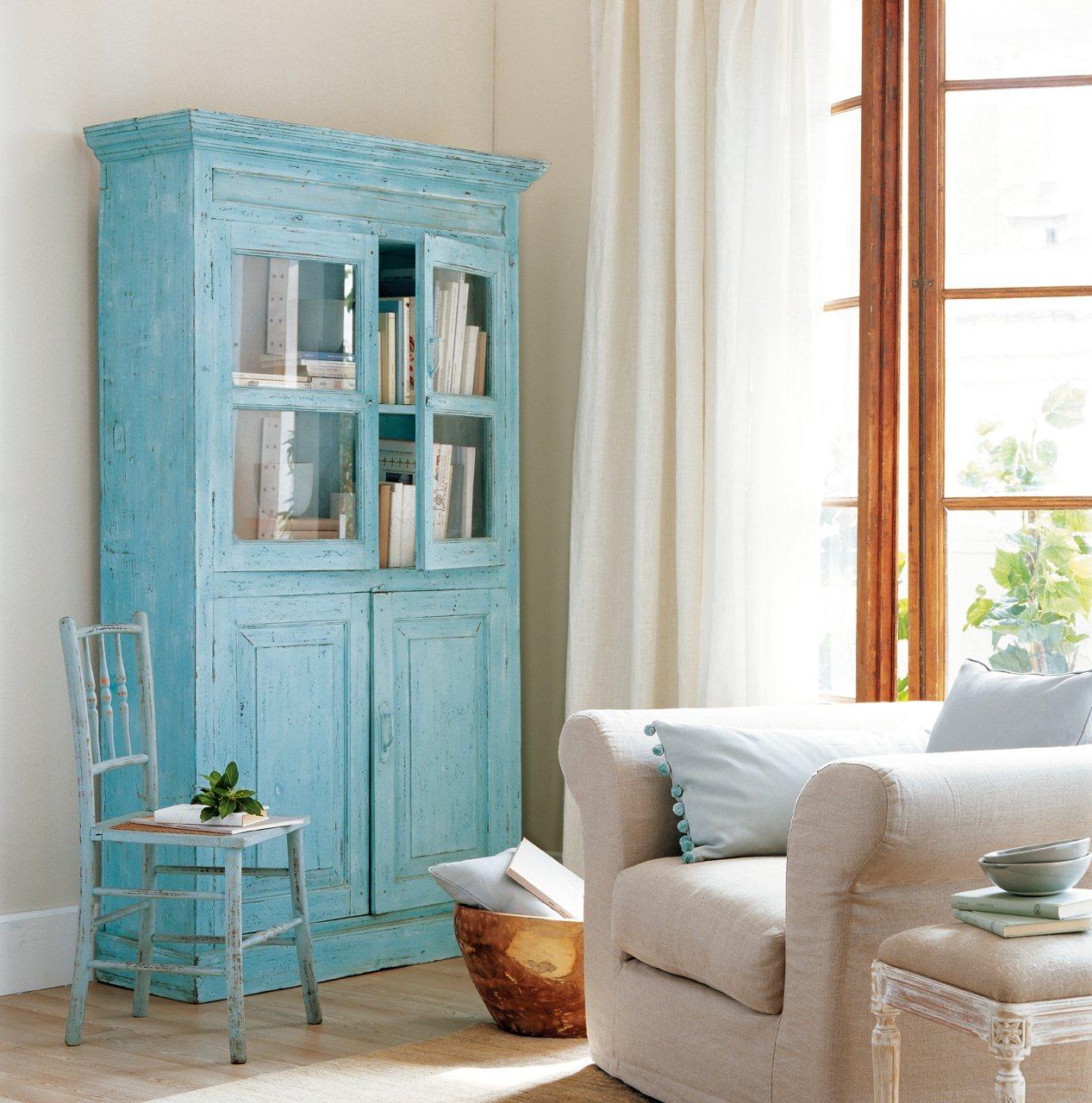 Viva el color renueva tus muebles con un poco de pintura - Como decorar un mueble de salon ...