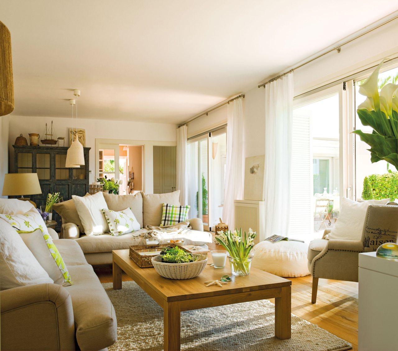 Una Casa Tranquila Luminosa Y Con Jard N A Las Afueras De Barcelona # Muebles De Casa Barcelona