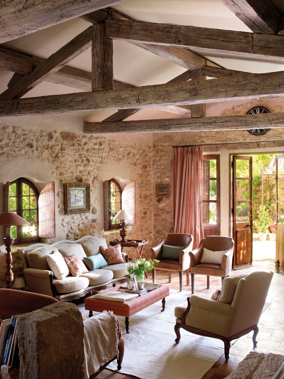 15 ideas para decorar salones r sticos - Decorar jardines rusticos ...
