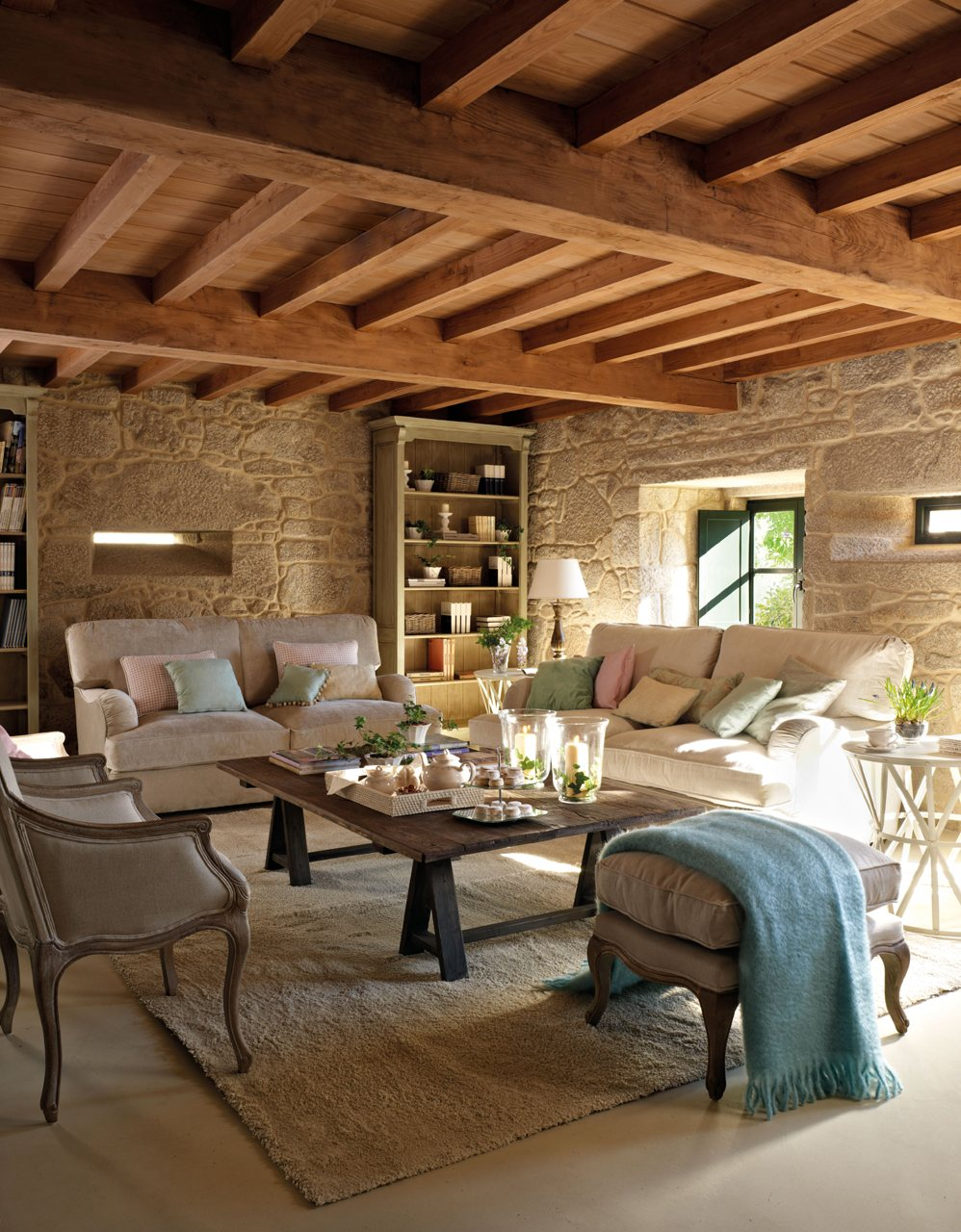 15 ideas para decorar salones r sticos - Decoracion de interiores rusticos ...