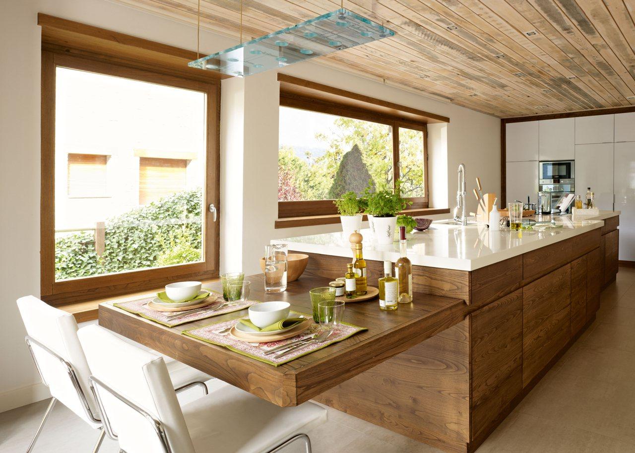 Una cocina moderna pr ctica y c lida for Vistas de cocinas