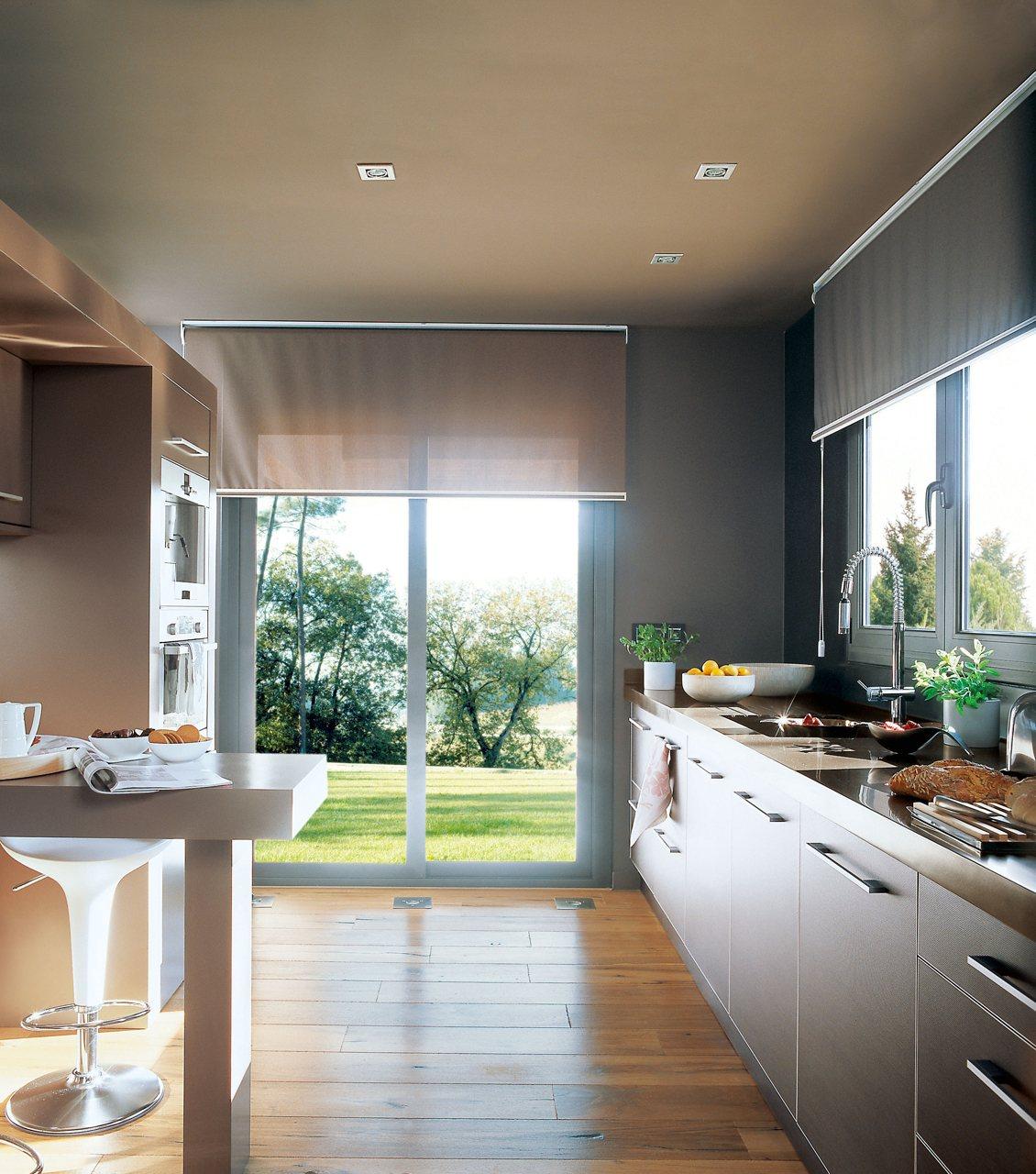 Buenas ideas para cocinas peque as - Cocinas rectangulares pequenas ...