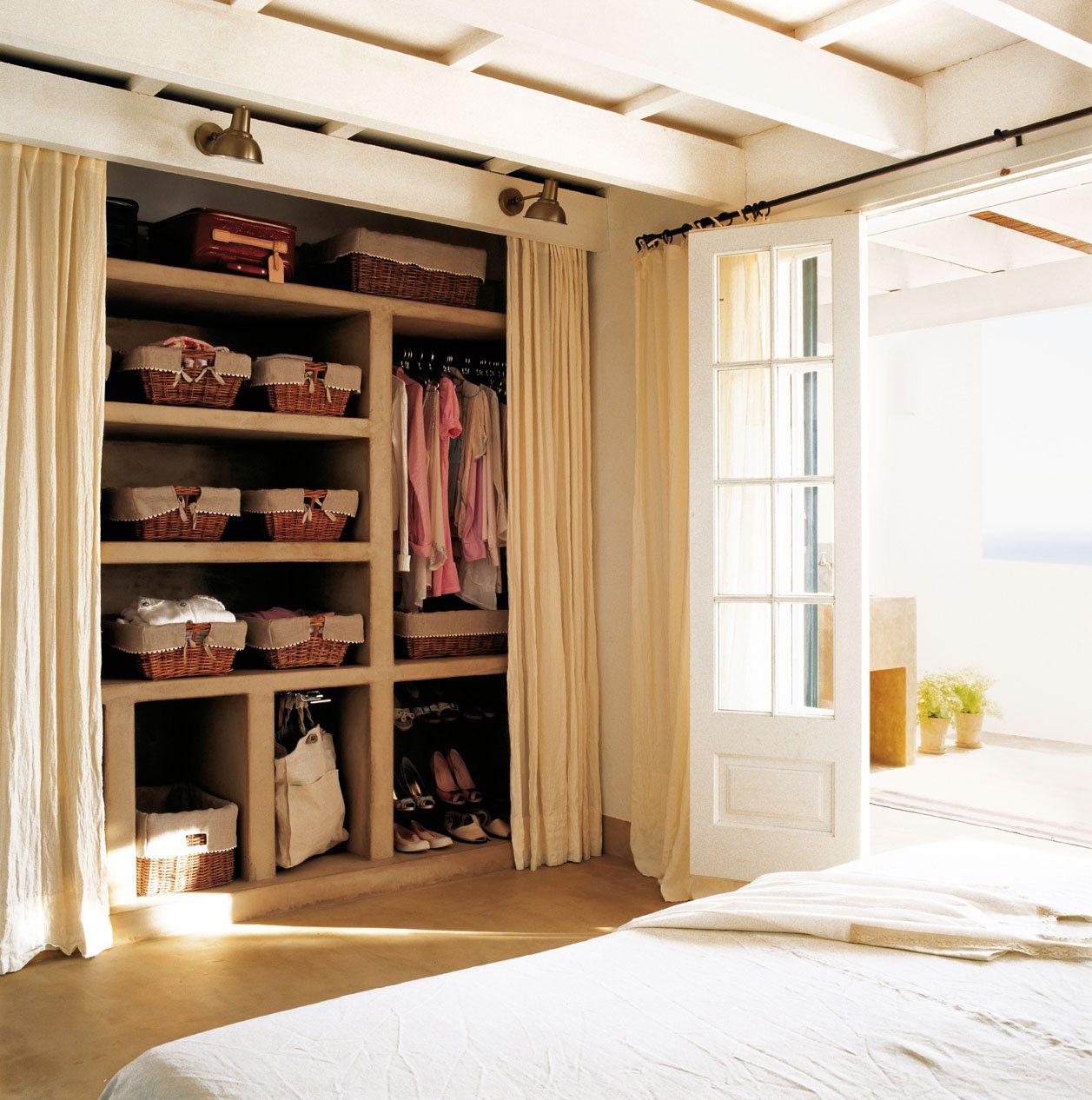 Cajas y cestos c mo ordenar las cosas peque as de casa - Armario de obra ...