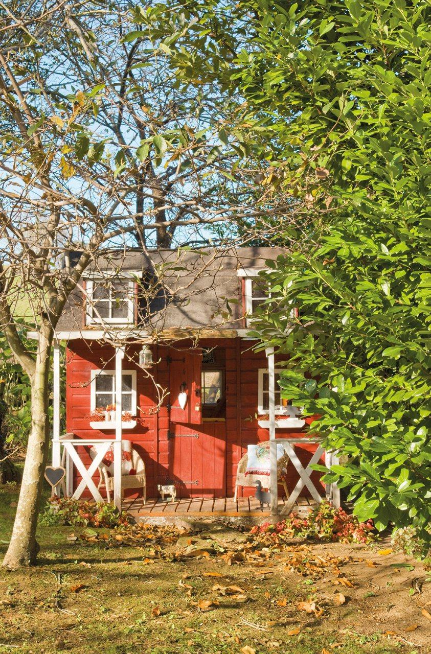 Casas como las de los cuentos for Casita madera jardin