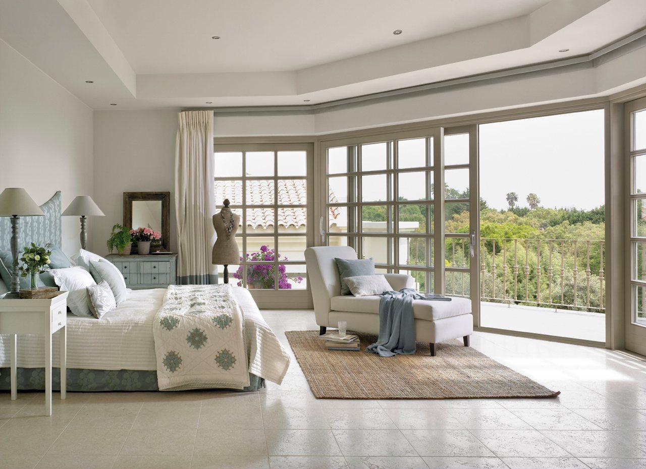 Estrena dormitorio renovando las telas - Dormitorios blanco y negro ...
