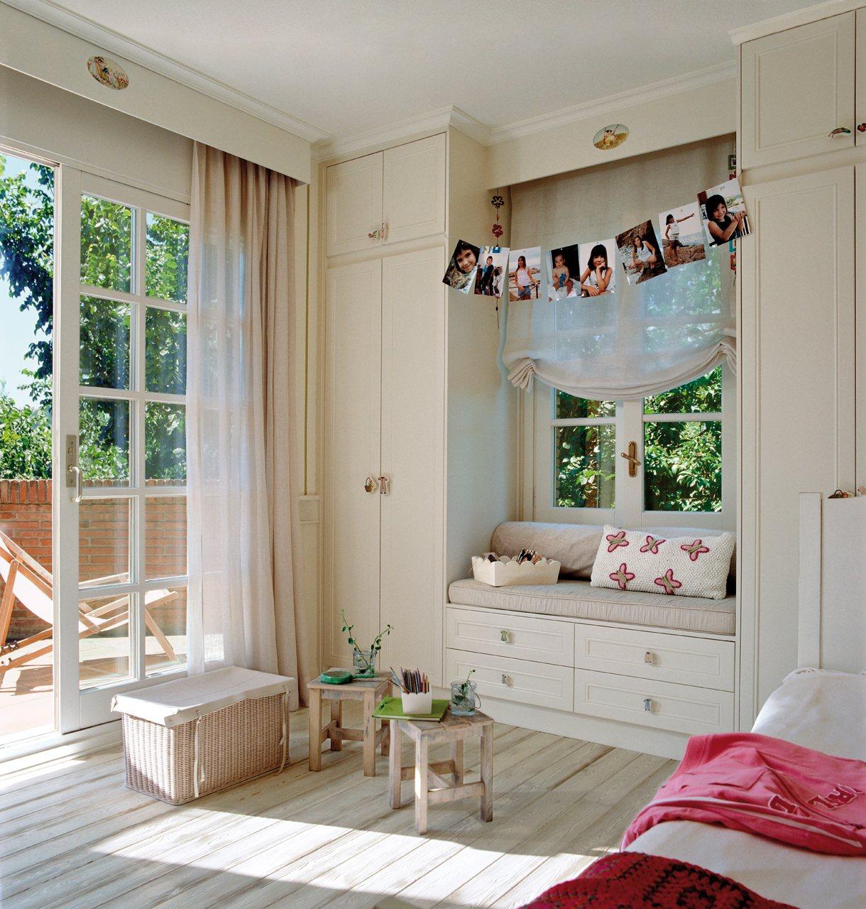 Soluciones de almacenaje en la habitaci n de los ni os for Puerta que abre para los dos lados