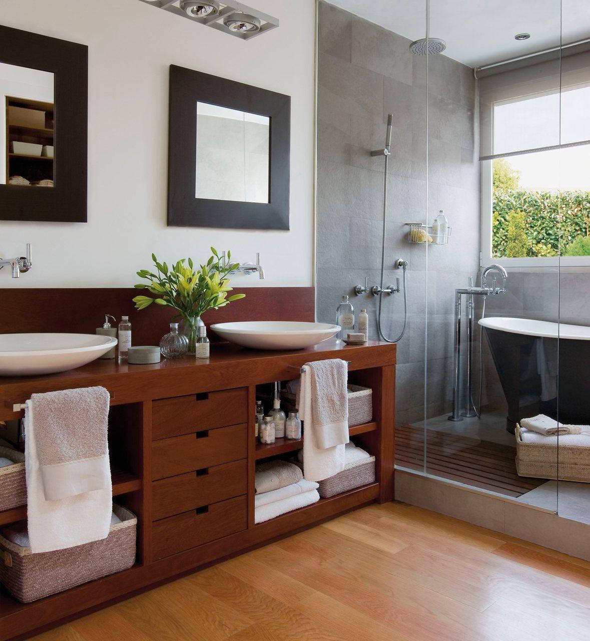 Organizar bien el ba o for Banos con banera y ducha