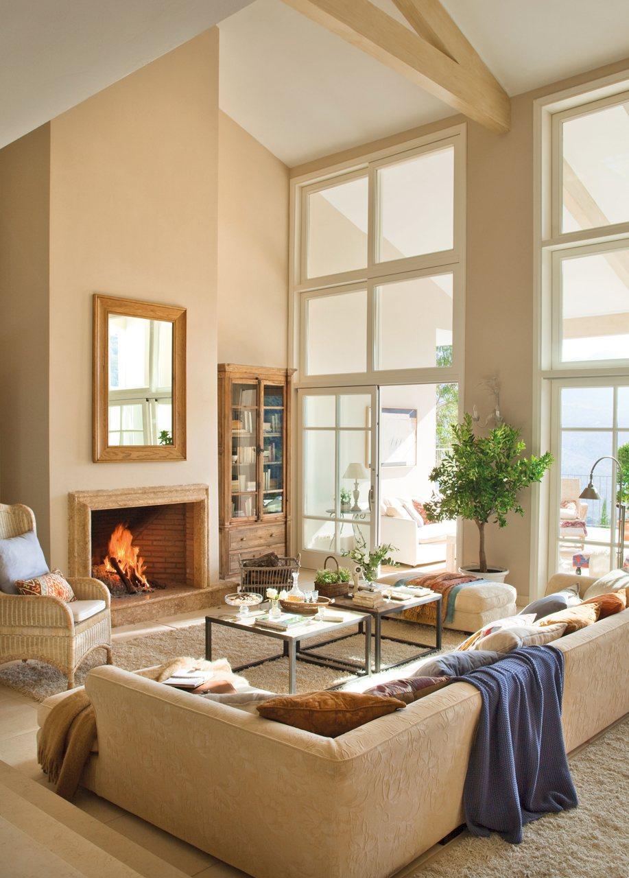 15 salones con chimenea para el invierno for Techos salones modernos