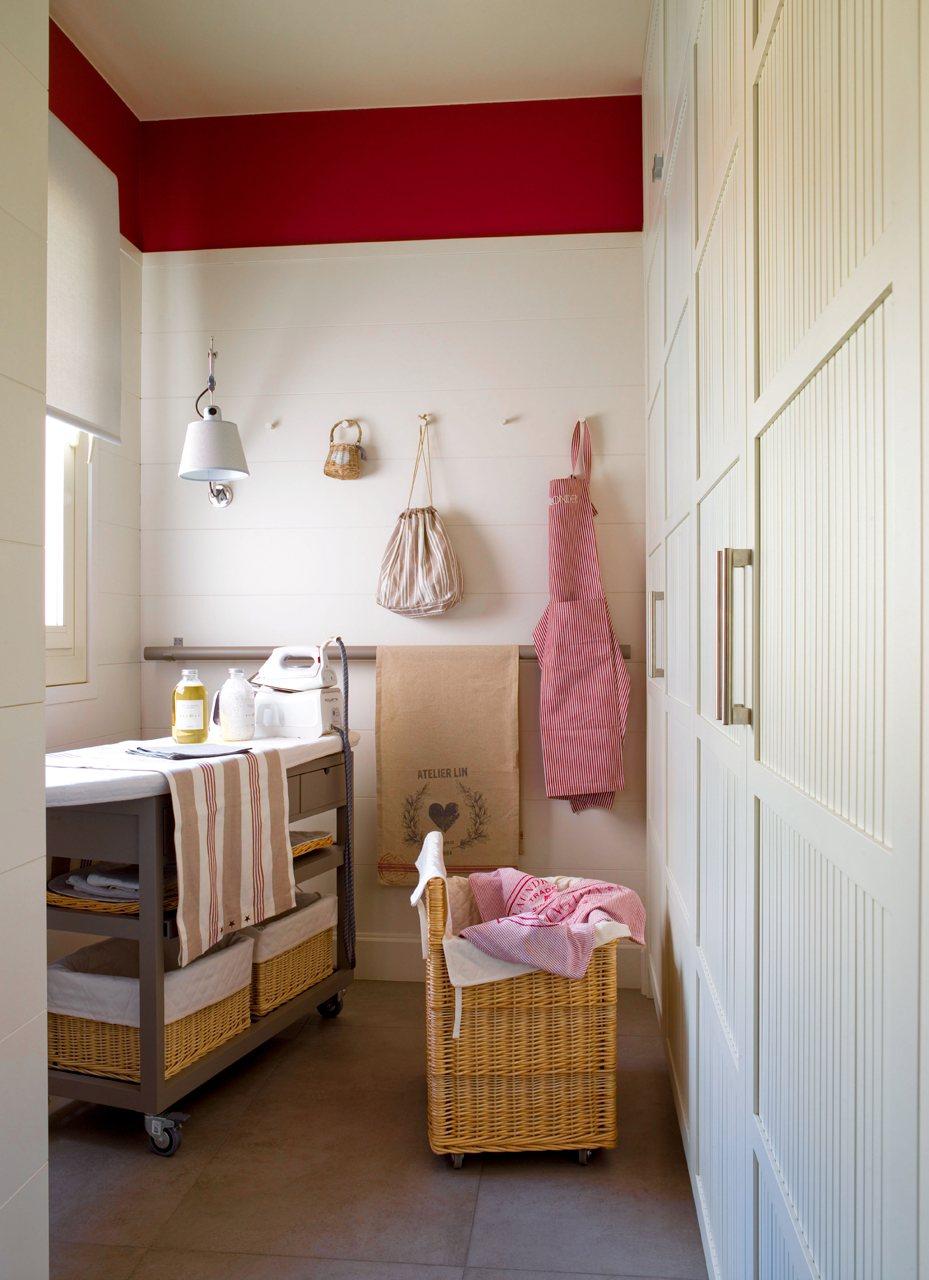 La cocina m s ordenada y bien pensada del mundo for Mueble planchador