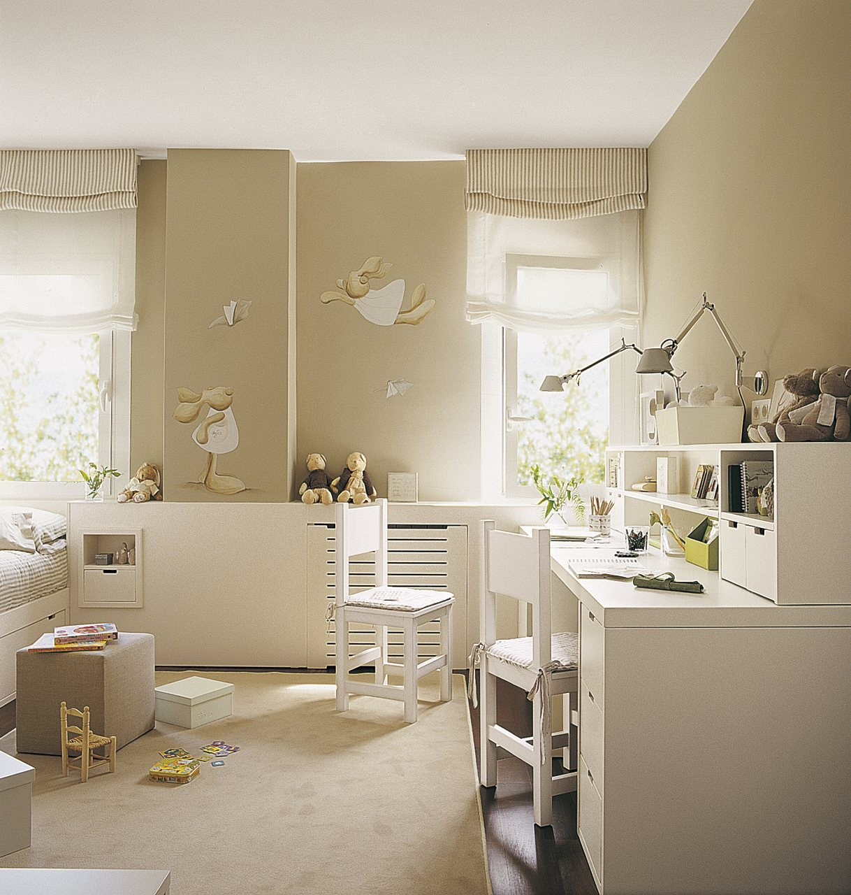 Cinco habitaciones de ni os solucionadas a medida - Decoracion habitacion estudio ...