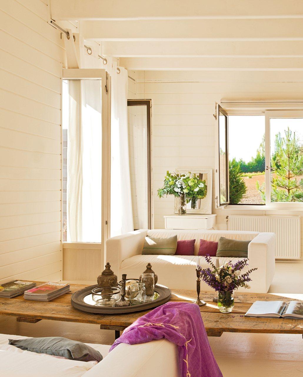 Una casa de madera decorada con mucho estilo - Casas de madera decoracion ...