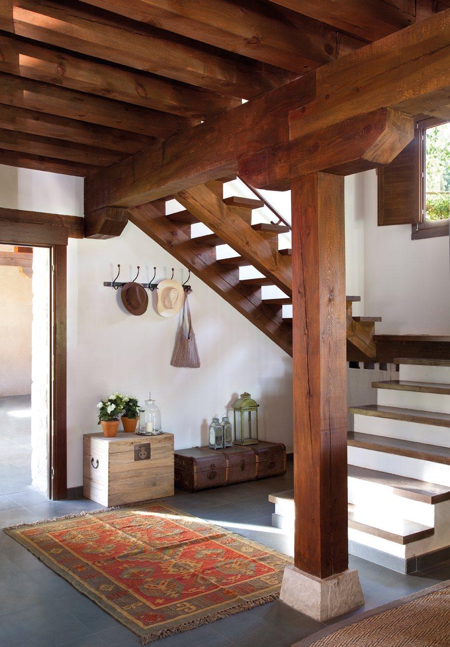 C mo decorar el recibidor - Escalera dos tramos ...