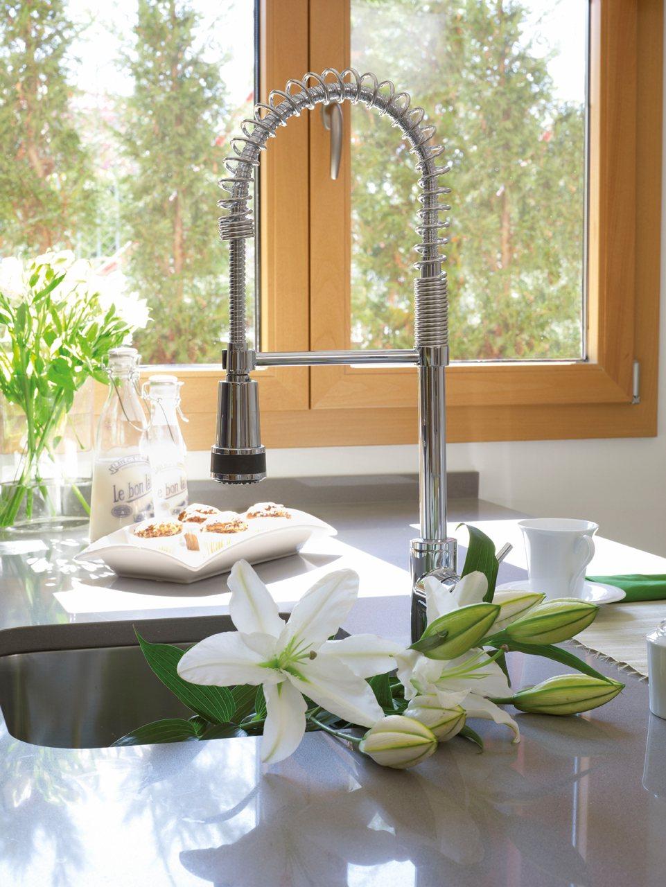 10 piezas m gicas para renovar la casa for Griferia industrial cocina