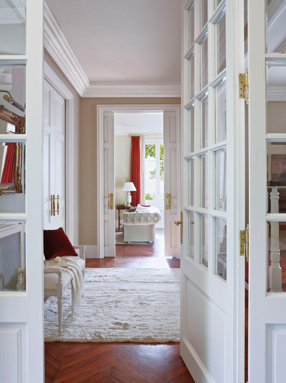 Renueva tu casa con poca inversi n - Puertas de madera clasicas ...