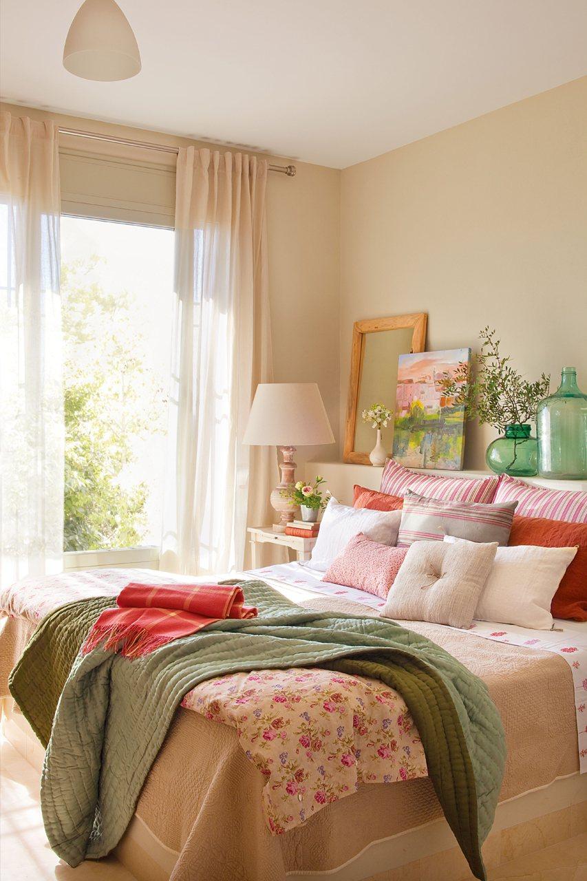 Tres paisajes tres dormitorios for Muebles romanticos blancos