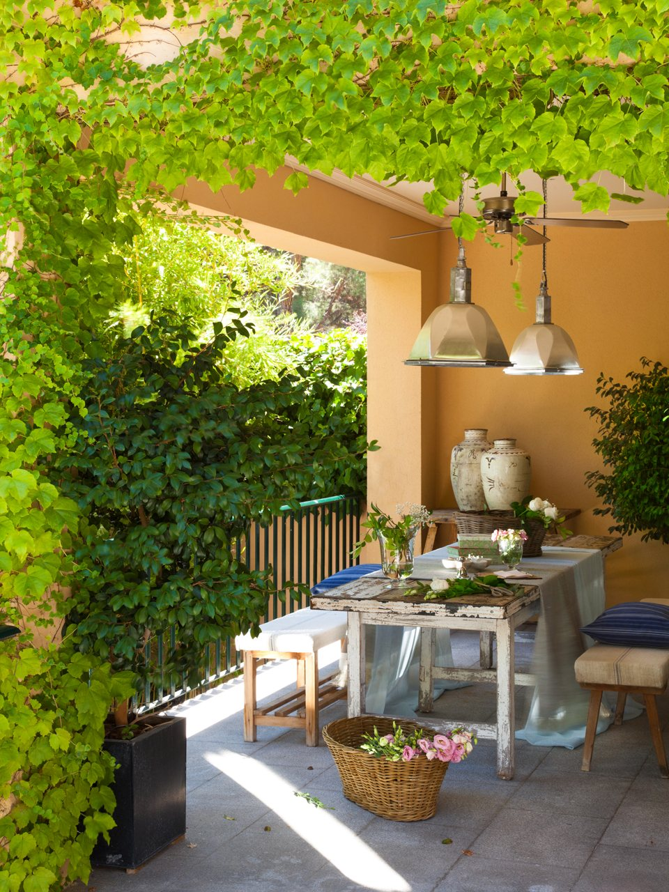 Casa y jard n en verdes y azules for Casa y jardin tienda madrid