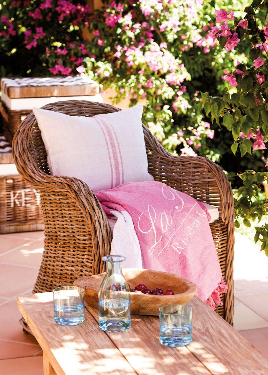 Una Casa En Mallorca Rodeada De Jard 237 N Y Buganvillas