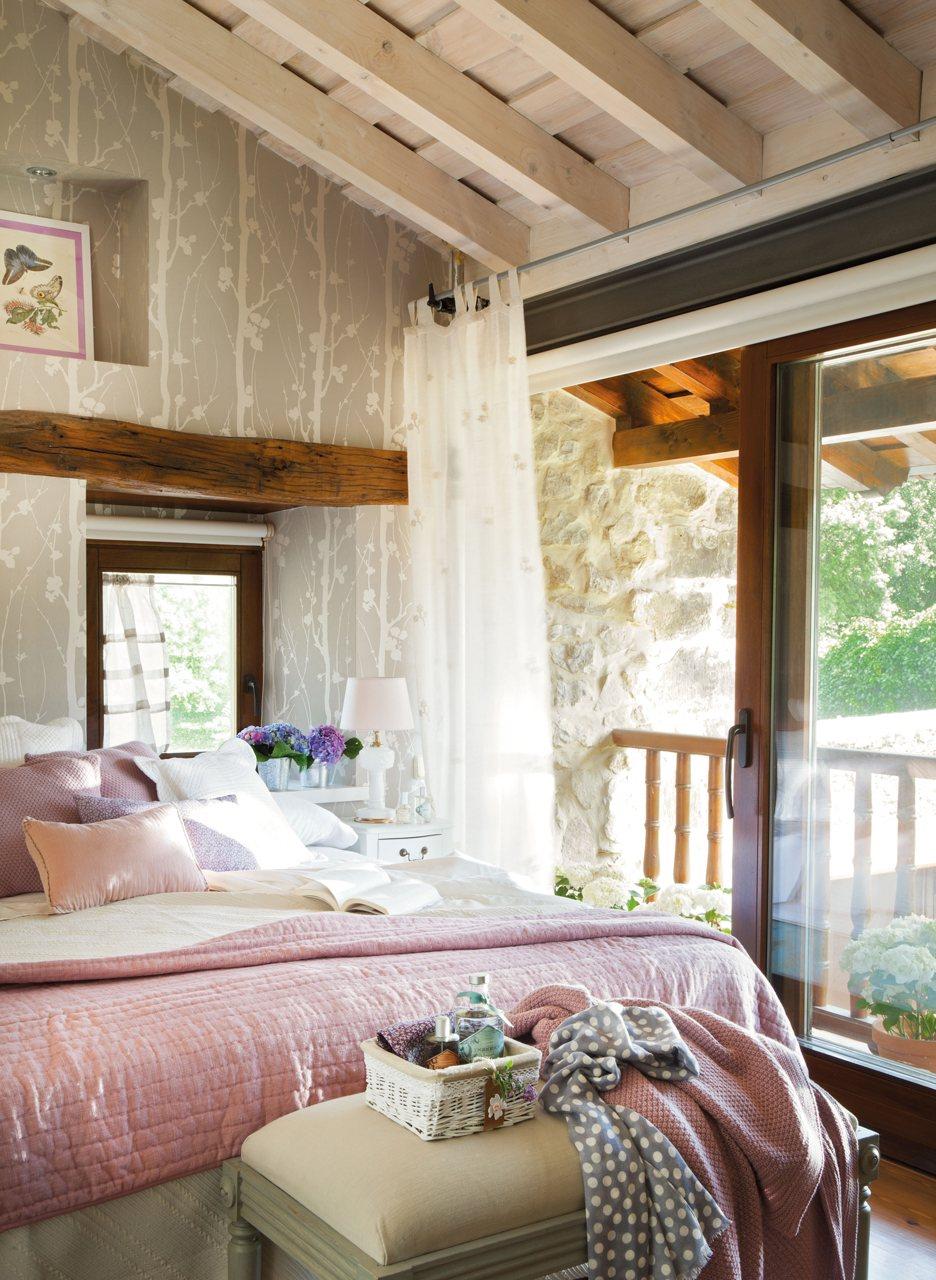 wardrobe ideas for attic bedrooms - Casa familiar en Cantabria con jardn