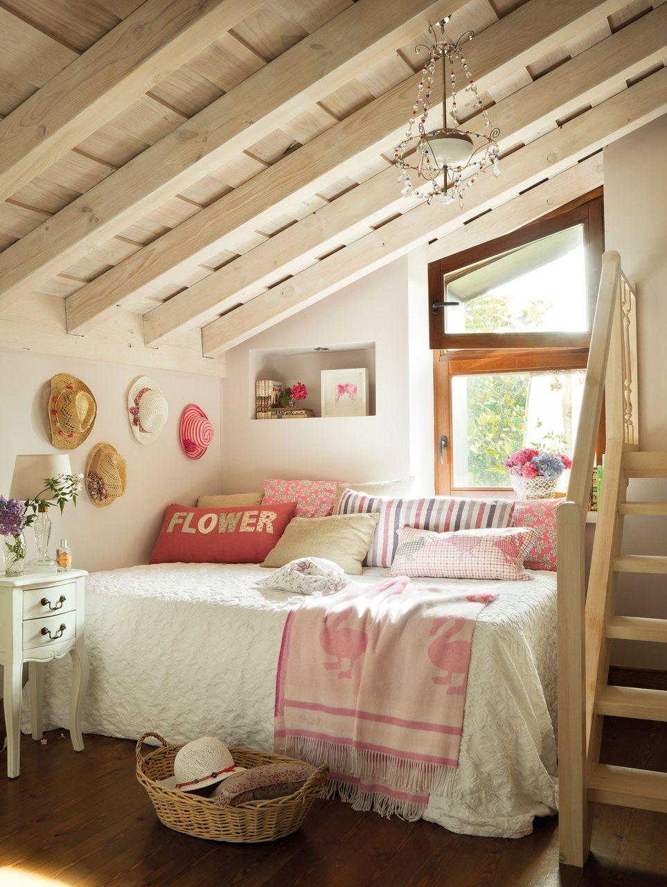 Decorar buhardillas dormitorio infantil