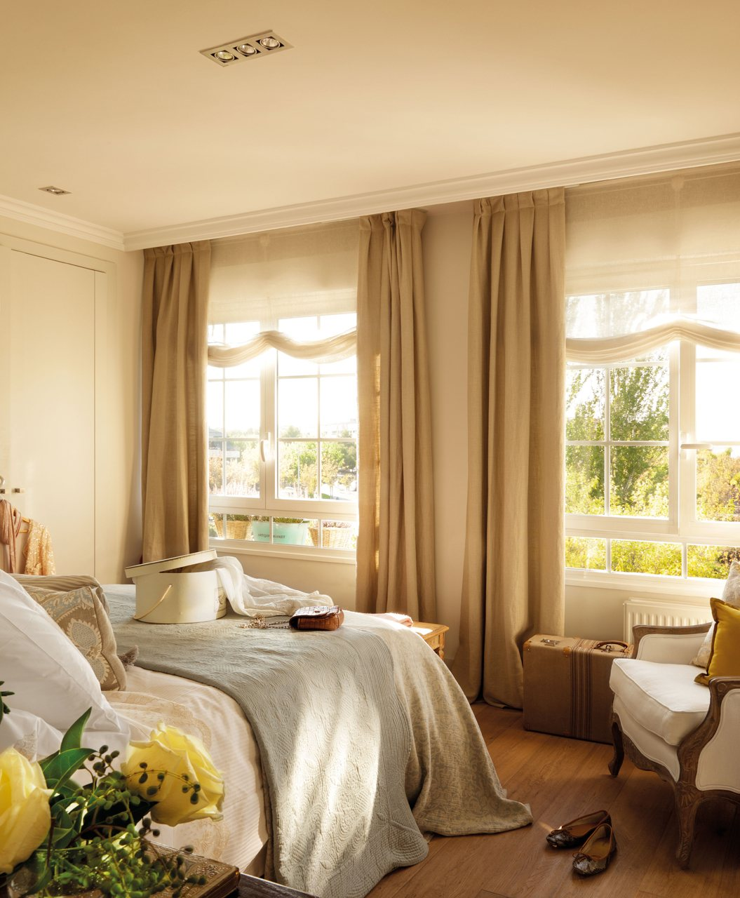 Primer piso de la interiorista beatriz silveira - Cortinas dormitorio principal ...