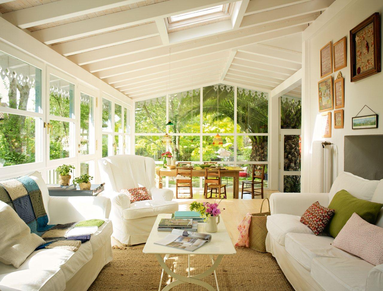 salones muy luminosos. Black Bedroom Furniture Sets. Home Design Ideas