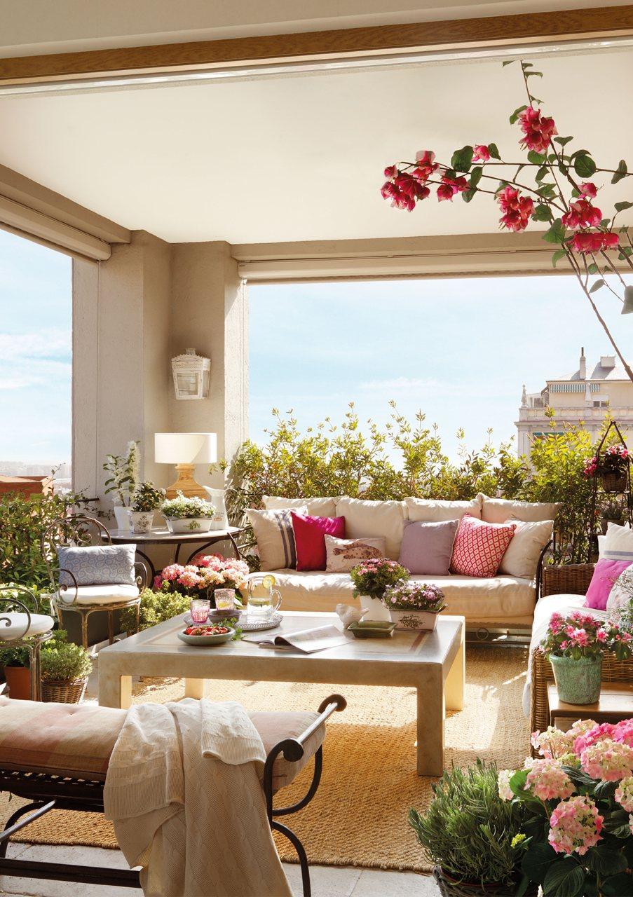 15 formas de aprovechar exteriores peque os for Jardines en espacios pequenos fotos