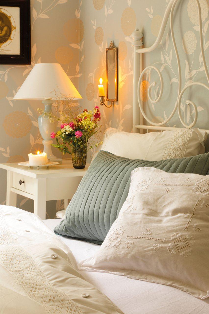 La casa de verano en suecia de lorenzo meazza de ikea - Decoracion dormitorio ikea ...