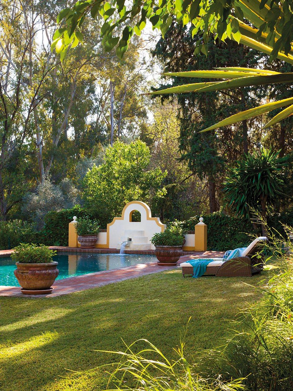 Decoracion de piscinas y jardines gallery of tagarchivo - Jardines con piscinas ...