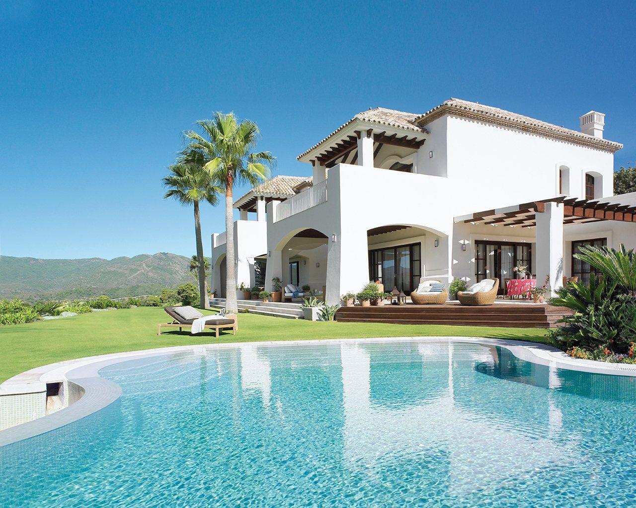 Piscinas Casas Con Piscina Y Jardines Elmueble