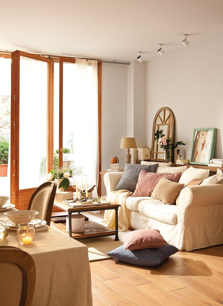 Ideas para vivir en un piso mini y no morir en el intento for Decoracion de salon comedor pequeno